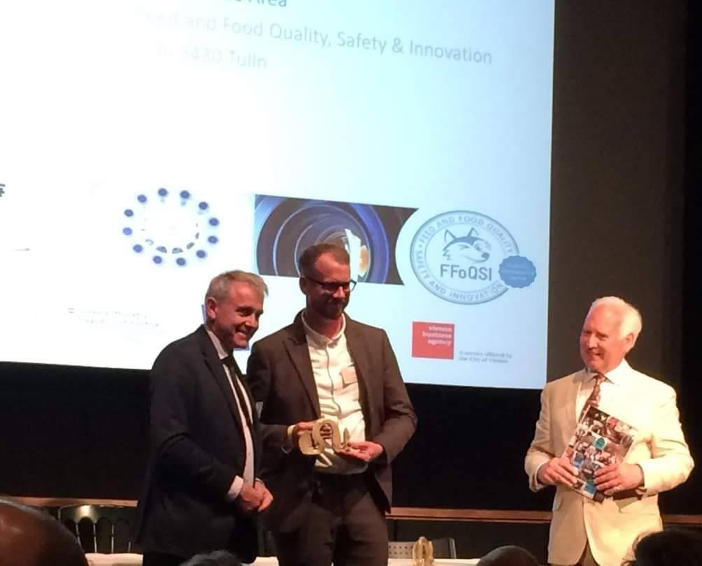Florian receives SEG award at SEG10Y anniversary