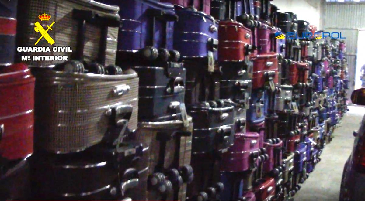 Operation ELVER 2018: 356 suitcases ready to use for smuggling